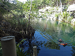 Here I am 'prospecting' for thermals by dangling a 24m chain from a life jacket and moving it around the cenote. I thik I will put a display screen on one of the next units to make this task easier.